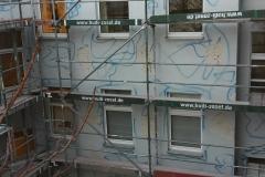 Anbohrungen Fassade im Hinterhof
